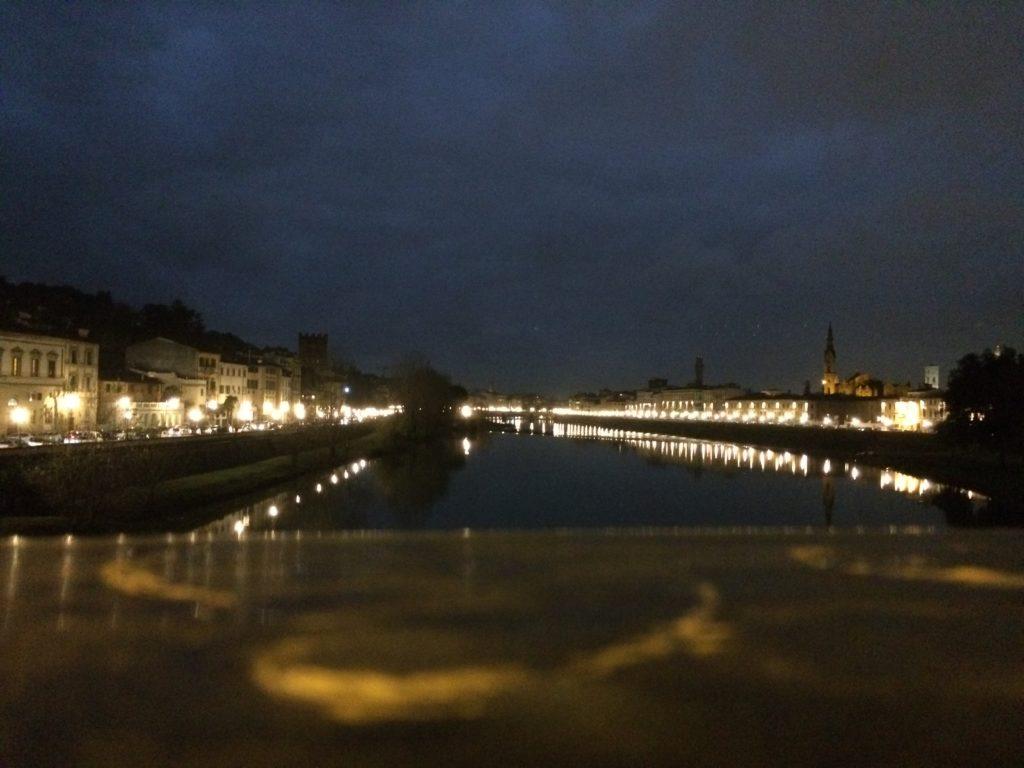 フィレンツェの橋から