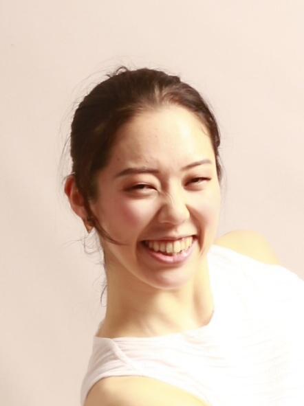 ダンサー上田舞香のポートレート写真